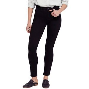 Free People High-Rise Long Lean Black Jeans 25 R
